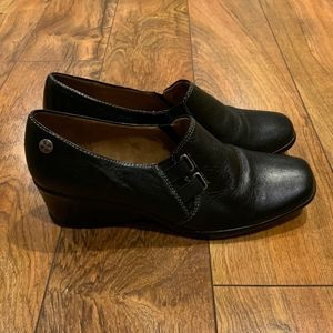 Naturalizer Women's Black Leather Loafers